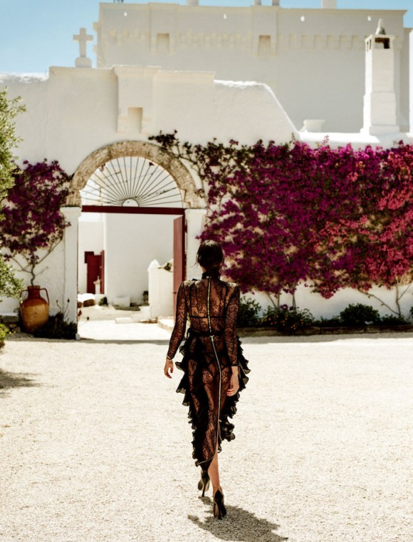Irina Shayk by Giampaolo Sgura for Vogue Japan