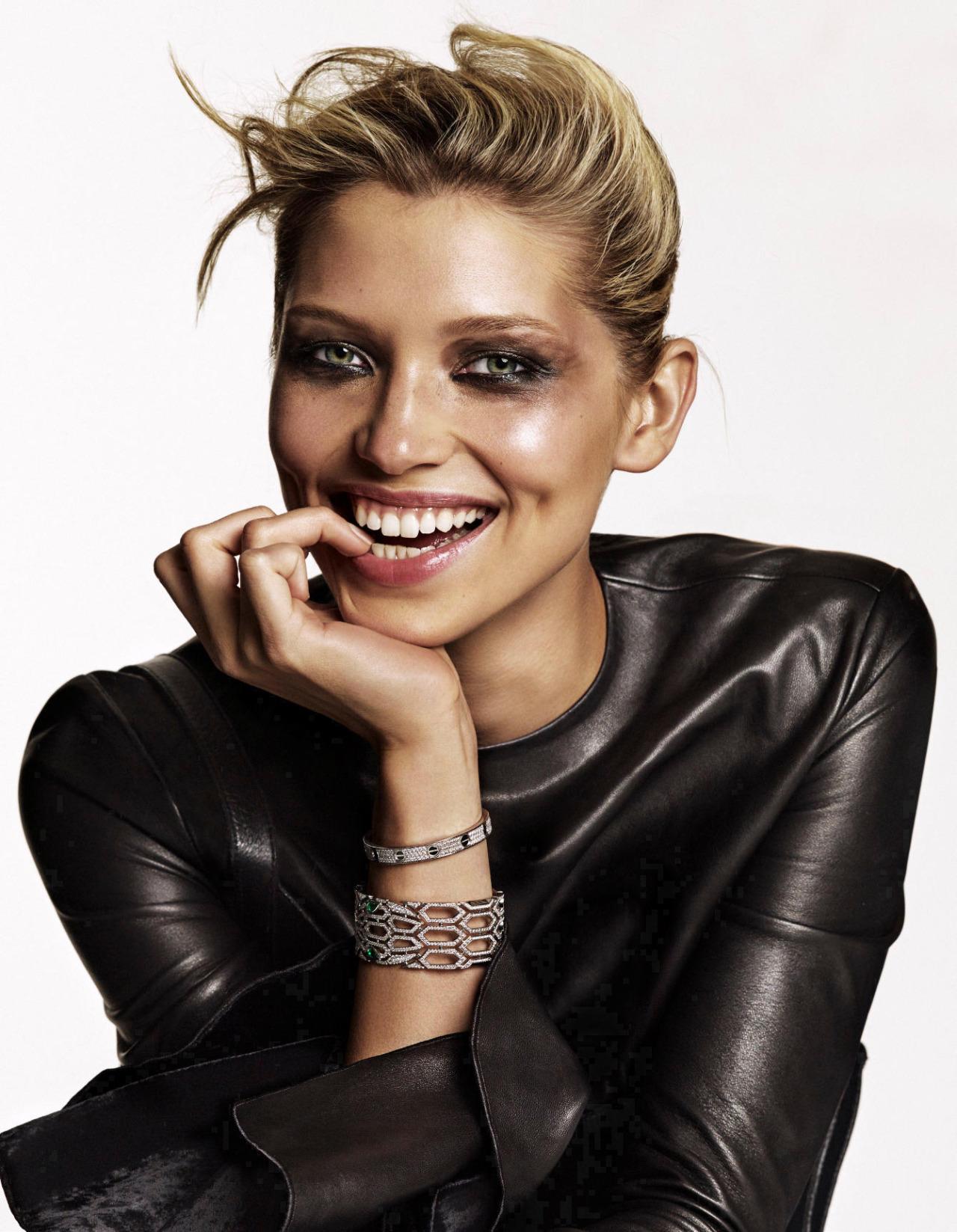 Hana Jirickova photographed by Alique for Vogue Netherlands, November 2016