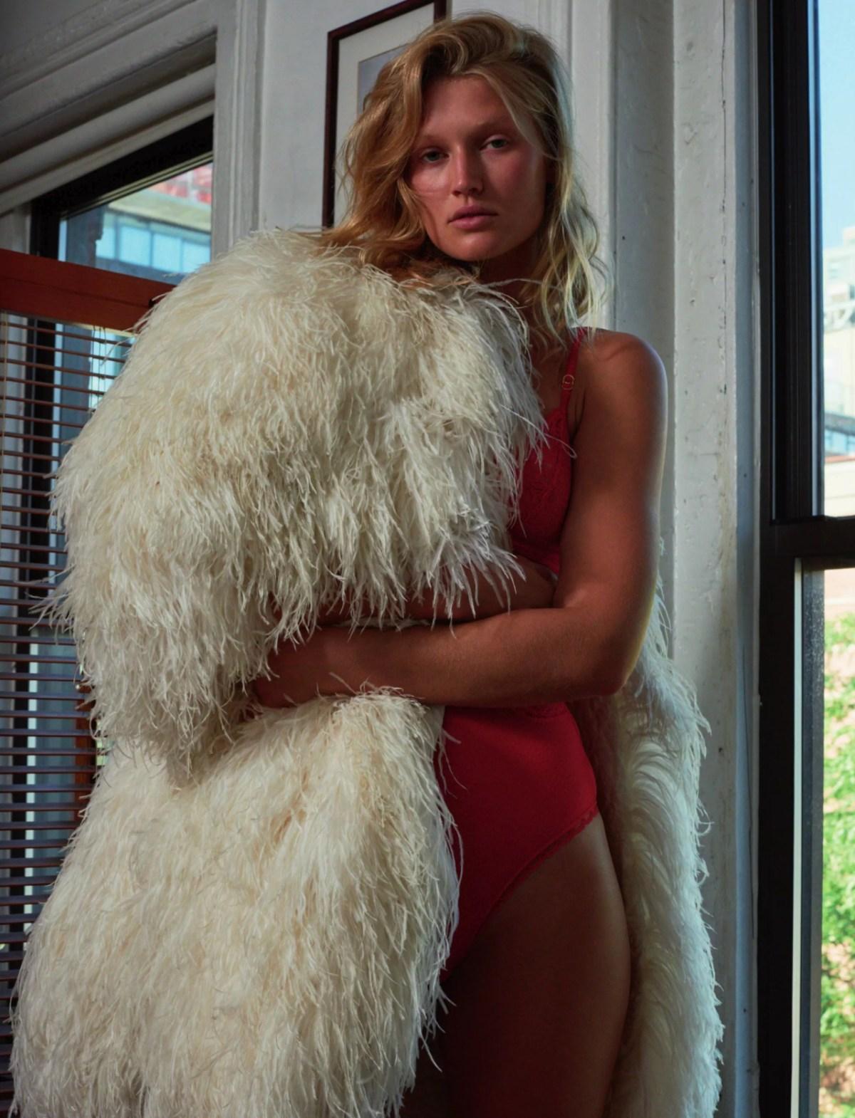Toni Garrn by Richard Kern for Numero Berlin