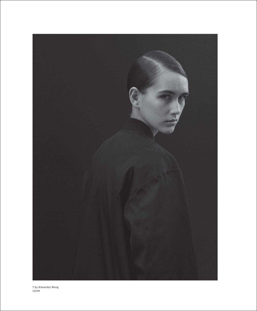 Alexia Bellini photographed by Pablo Ravazzani for Malibu Magazine, February 2017