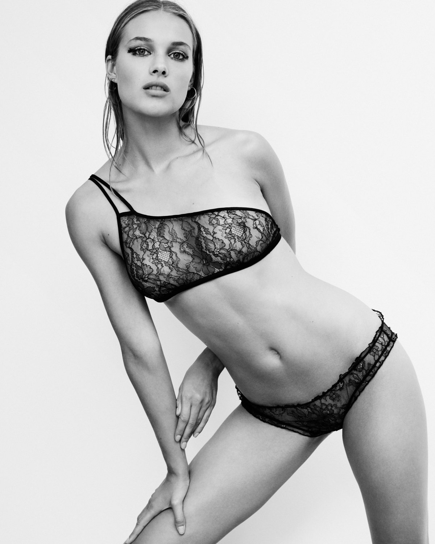 Rozanne Verduin by Paul Bellaart