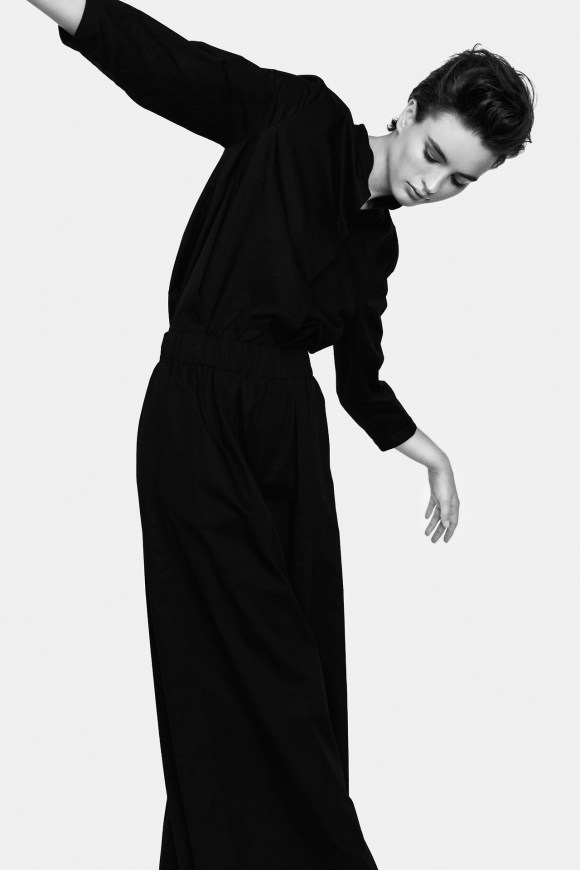 Kasimira Miller by Mario Kroes