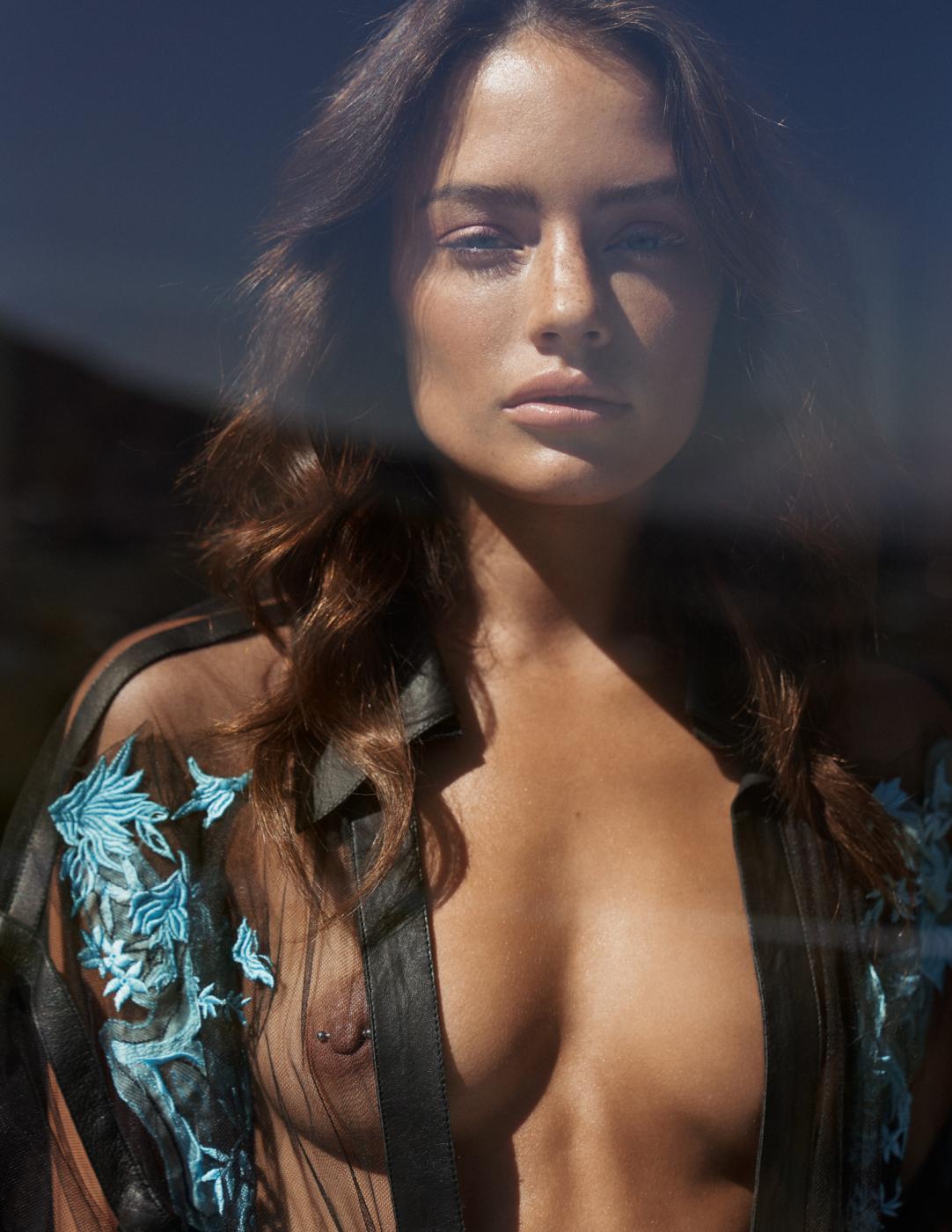 Jessica Lee Buchanan by Stephan Glathe for Harper's Bazaar Bulgaria