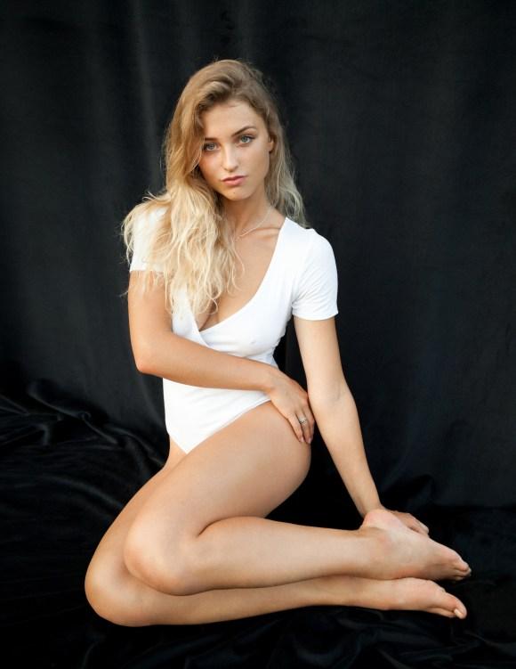 Angelika by Lukasz Bartyzel