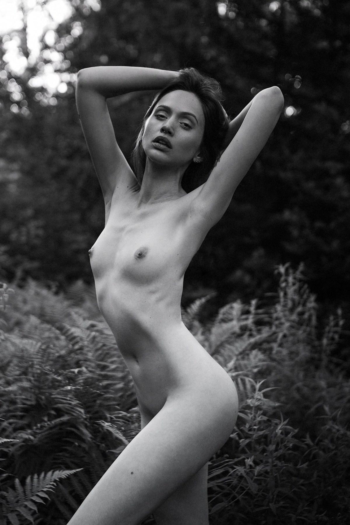Laura Baugnie by Nicolas Larriere