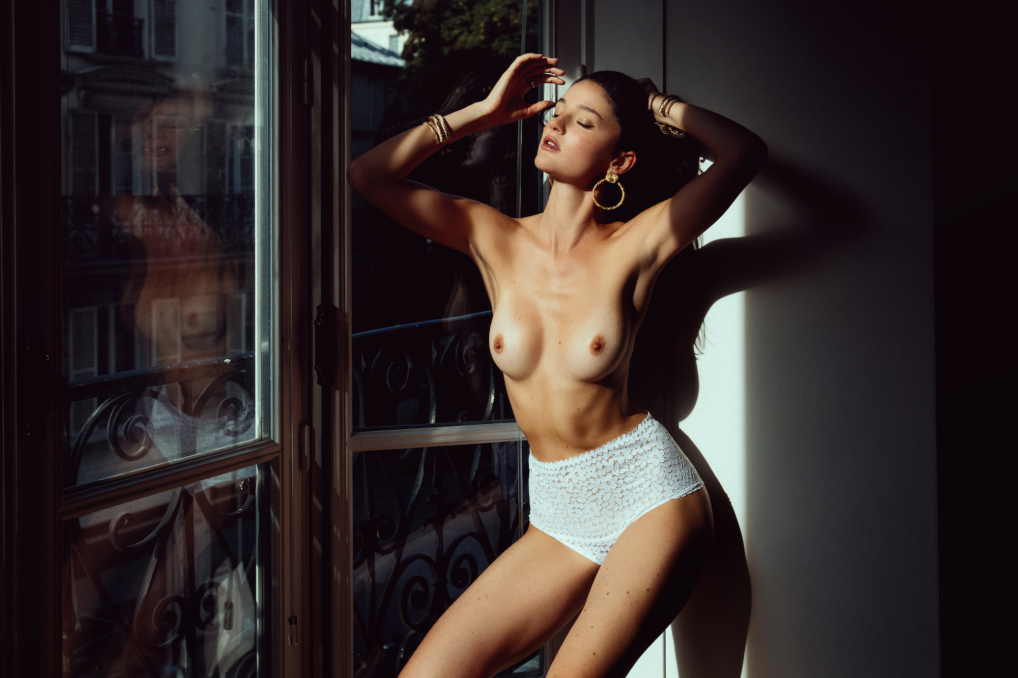 Ana Walczak Nude chloe bechini - portraits of girls