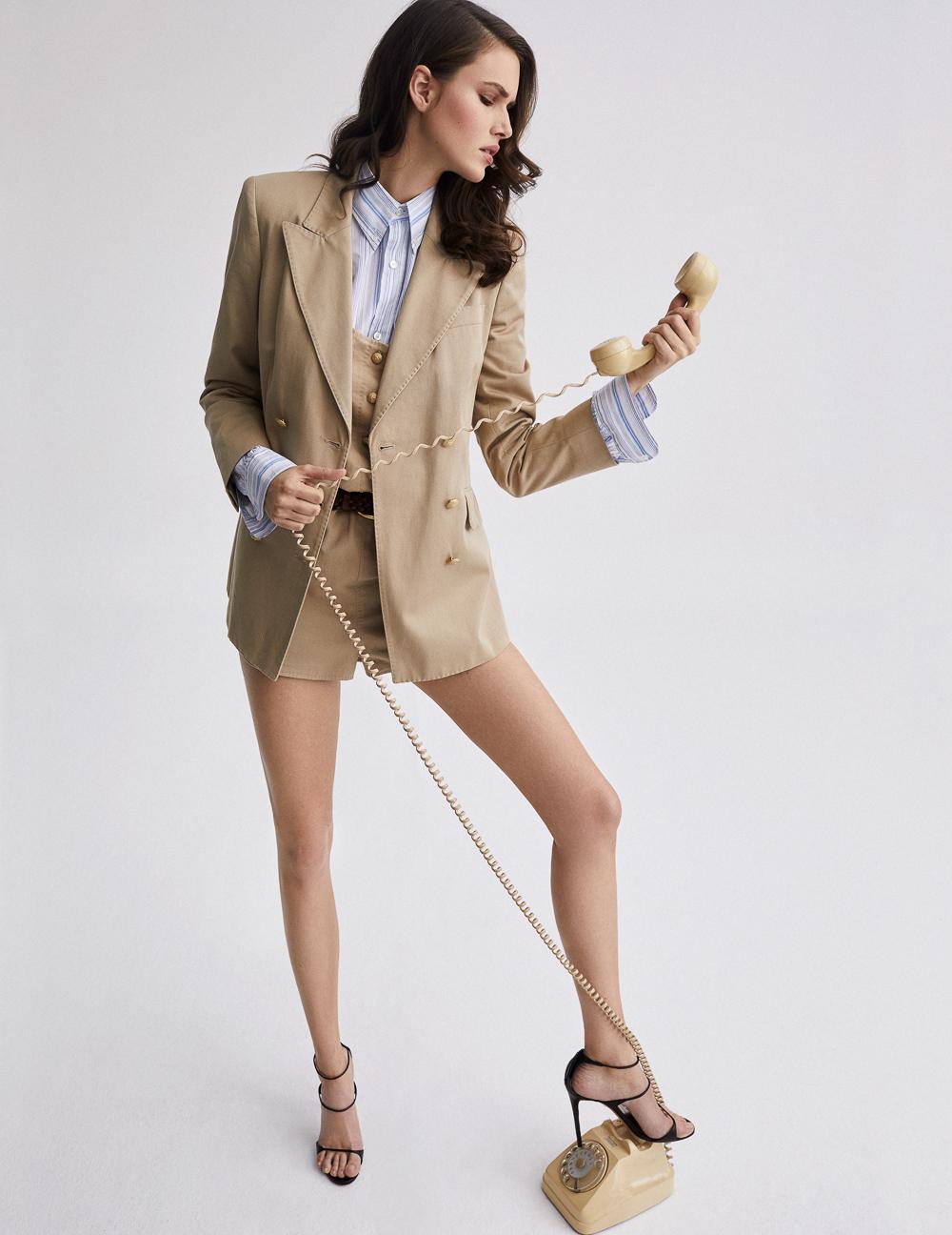 Vanessa Moody by Xavi Gordo for Elle Italia