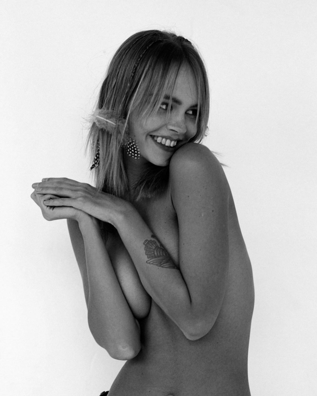 Anastasiya Scheglova by Lera Letneva