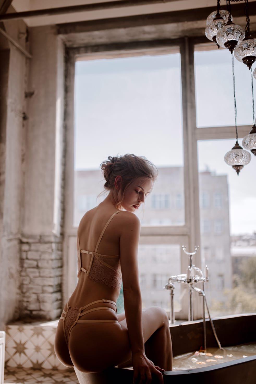 Anastasia Ditmar by Ksenia Pyatnova