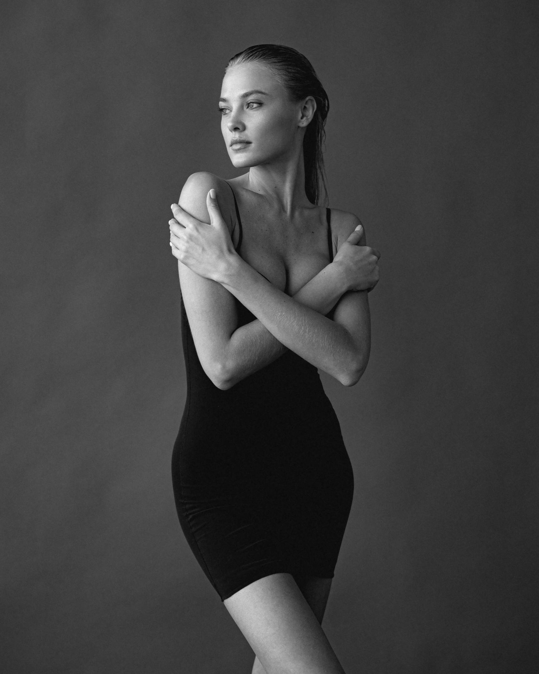 Katya Feoktistova by Mikhail Kabochkin