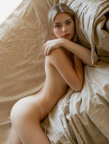 Irina Sivalnaya by Max Zadorozhny 3