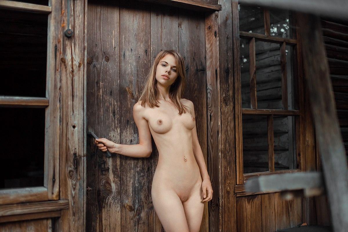 Alexandra Smelova by Dima Zadorozhny