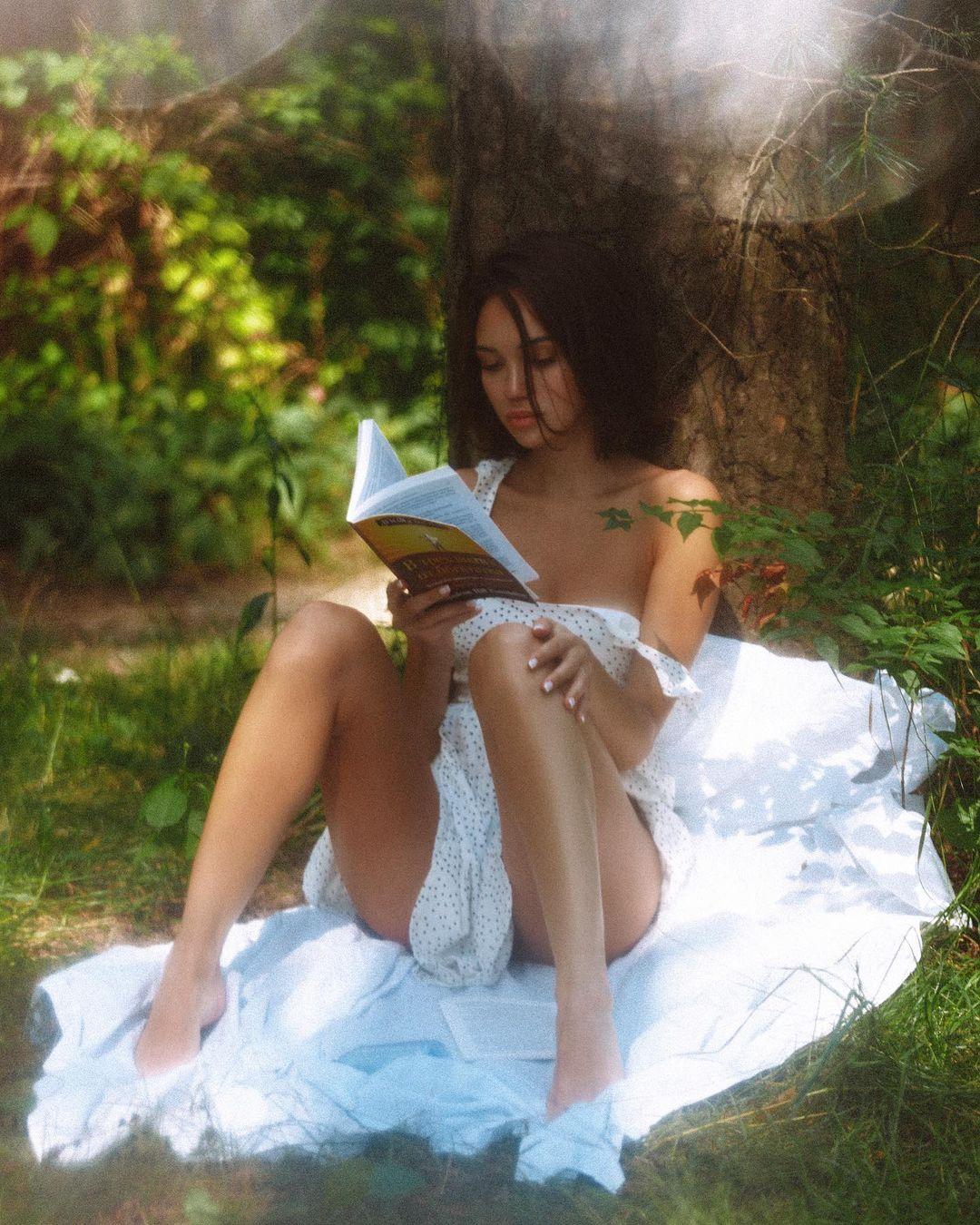 Alina Lando by Alexander Mavrin