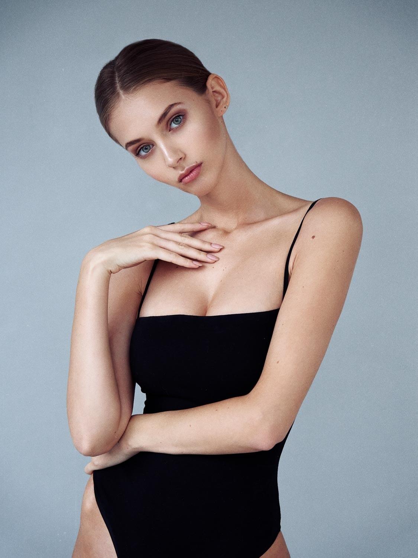 Yulia Rose by Olga Shirokova