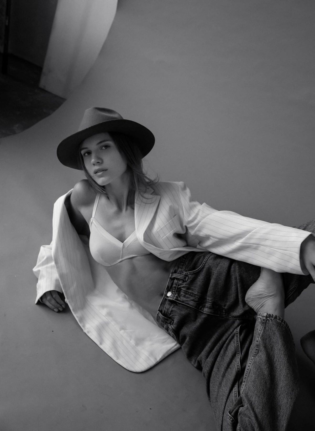 Nina Petrova by Anastasia Klimenkova