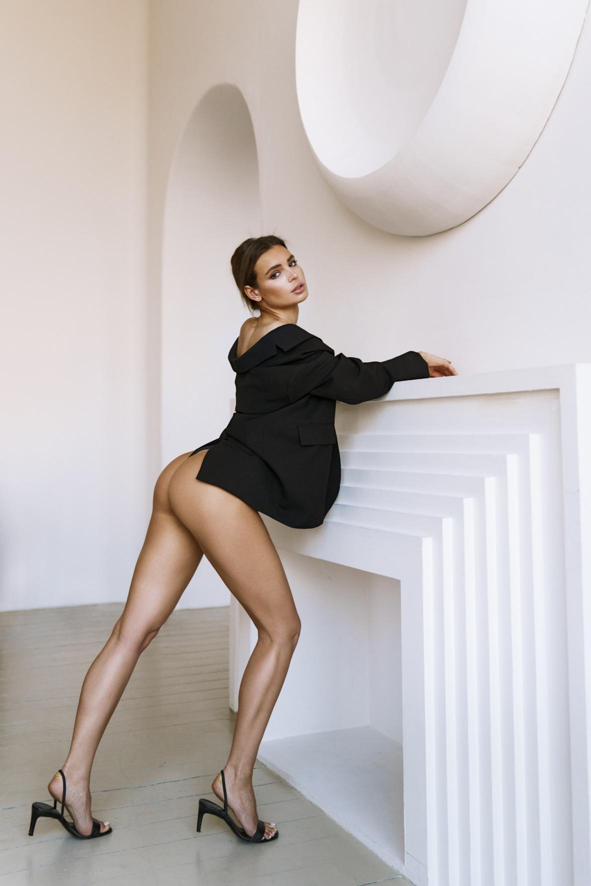 Dasha Neyolova by Vladimir Serkov