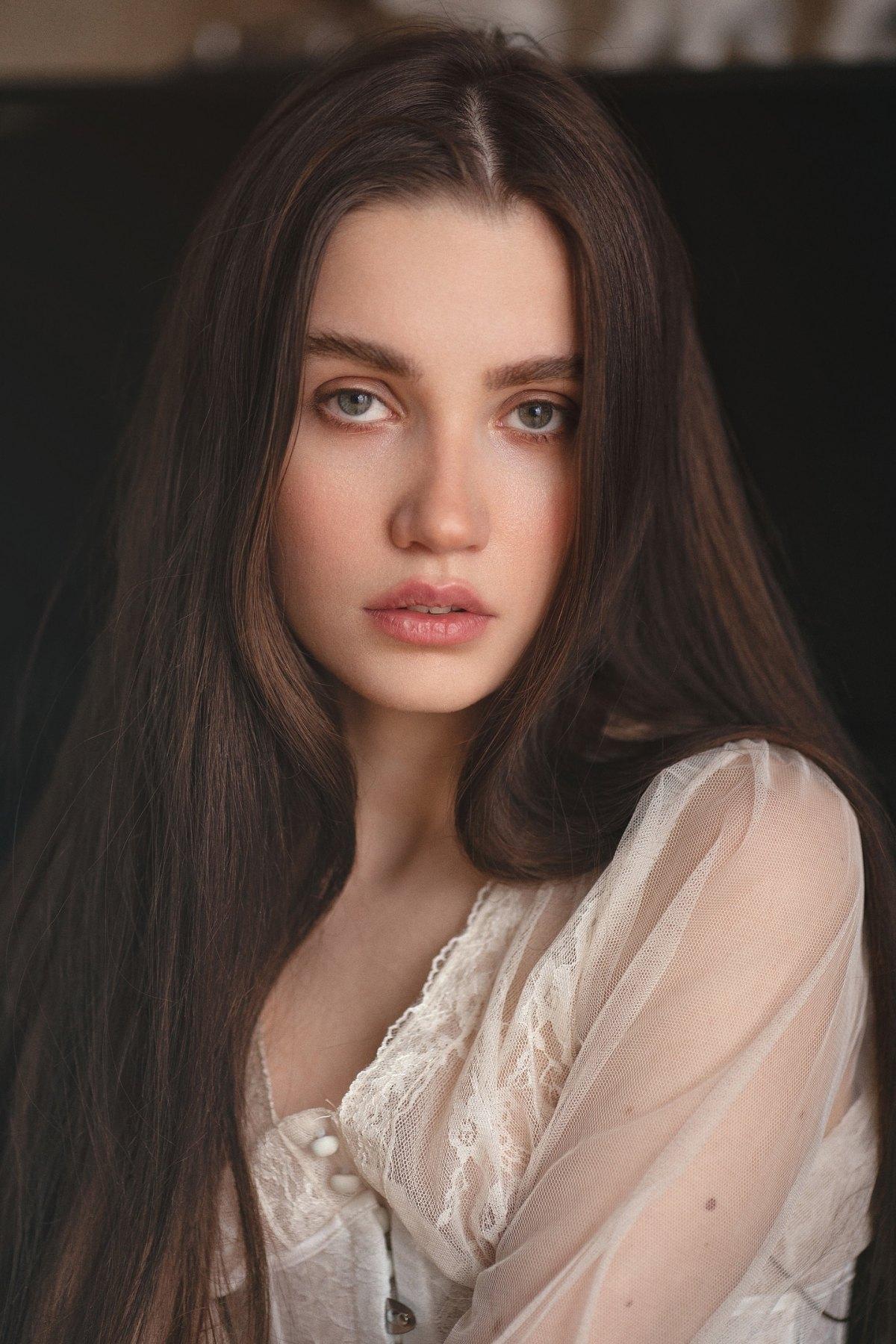 Natalie by Diana Askarova