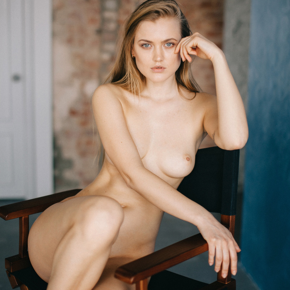 ukrainian-nude-model