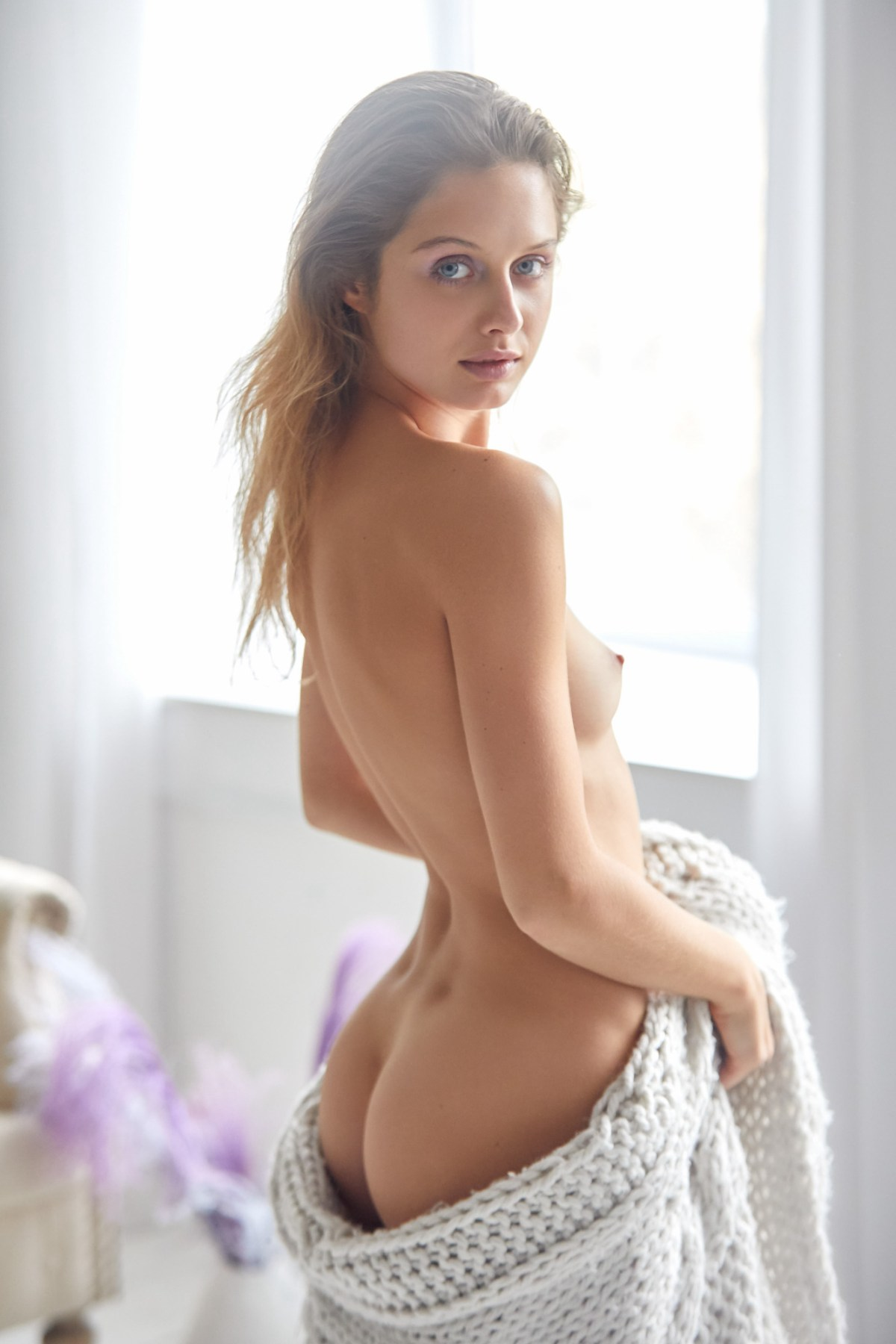 Amelie Lou by Chris Hunt for Superbe Models
