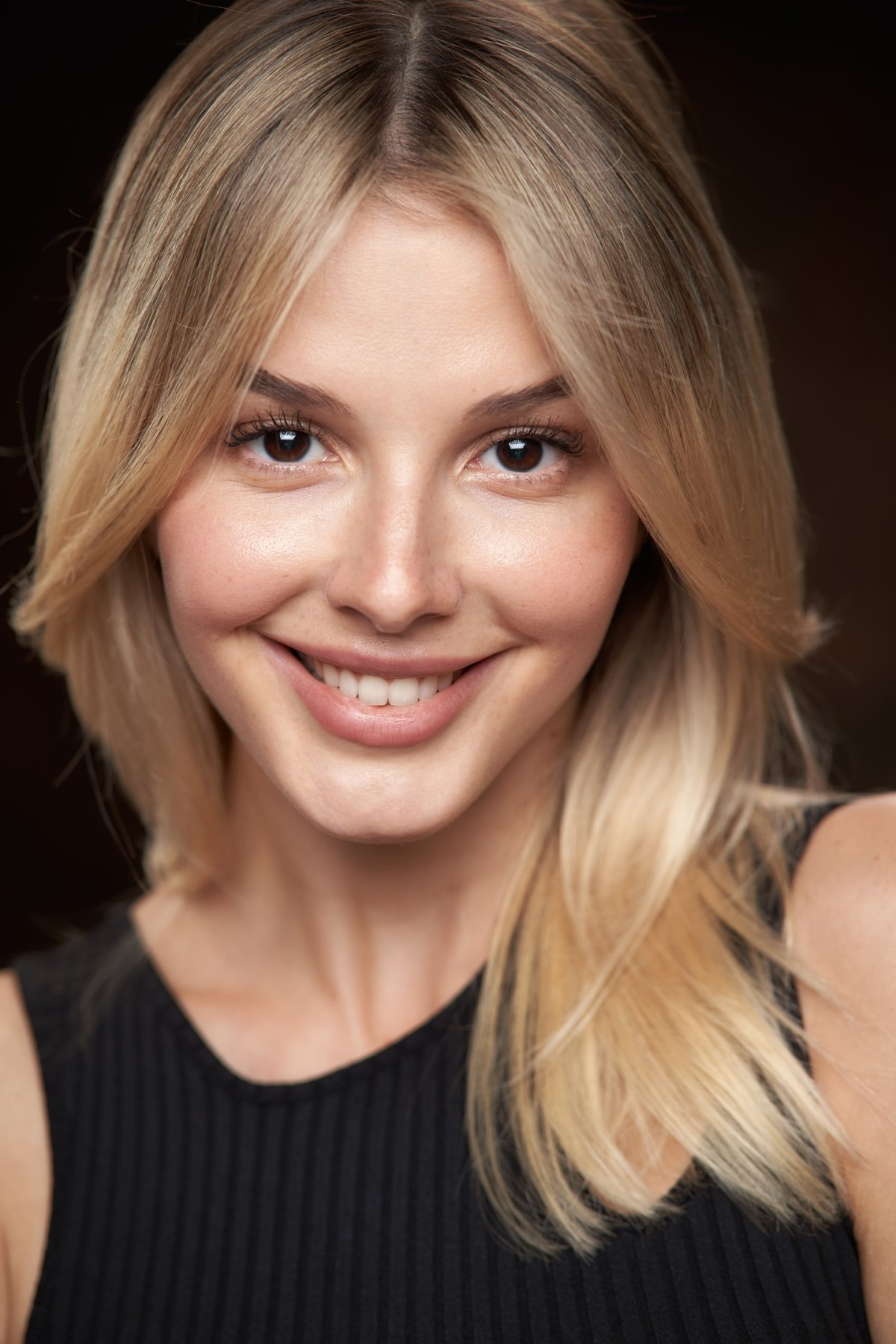 Angelina Aysman by Alexander Vinogradov