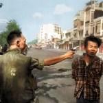 foto storiche ricolorate-esecuzione guerrigliero vietnam