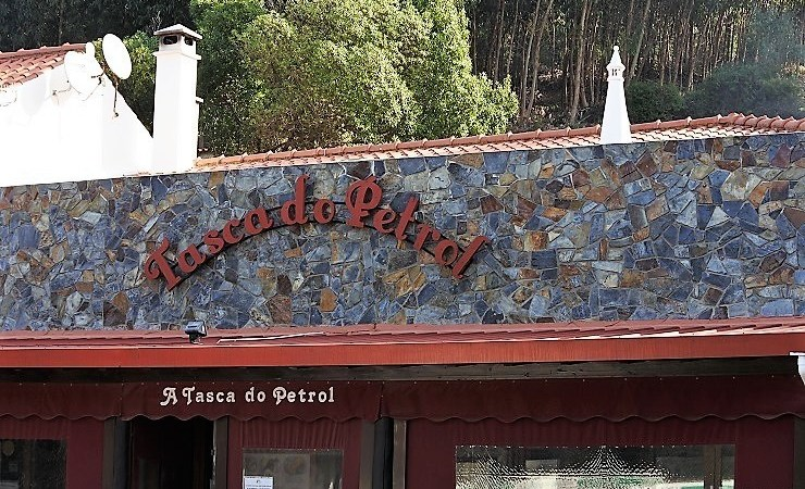 Tasca do Petrol – A Memorable Meal in the Algarve