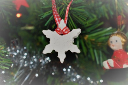 diy-white-clay-ornament