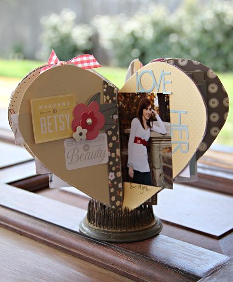 heart shaped mini album