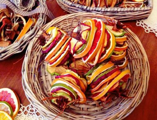 Dried Citrus Christmas Decor Dried fruit bells