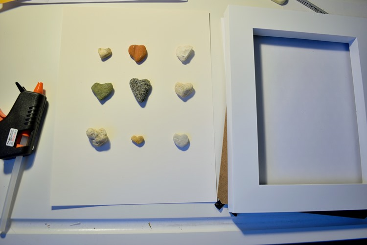 how to make framed pebbles
