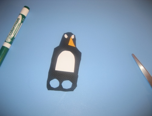 easy kids craft penguin finger puppet diy
