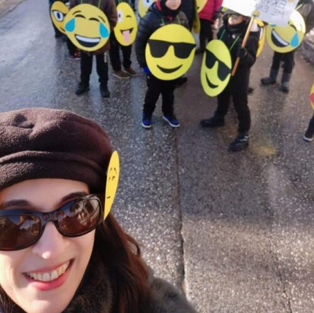 Emoji costumes for large groups