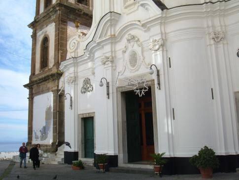 Chiesa Santa Maria Maddalena Atrani.JPG