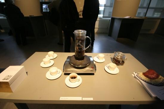 039 COFFEEMAKER Jo Nakamura