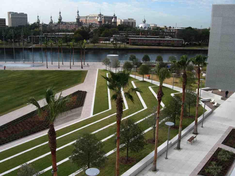 Tampa 2