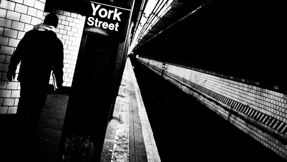 Hermes-New-York-Subway-010