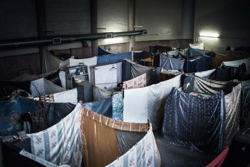 Many of the over 400 resident that lives in here don't have their own room. Instead they use curtain as walls. Johannesburg 2015