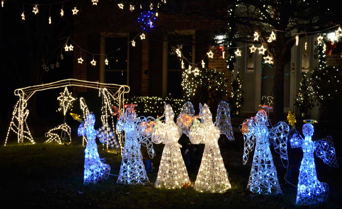 Naperville Christmas Lights 2020 Driving Tour Consider New Year's Eve events around Naperville   Positively