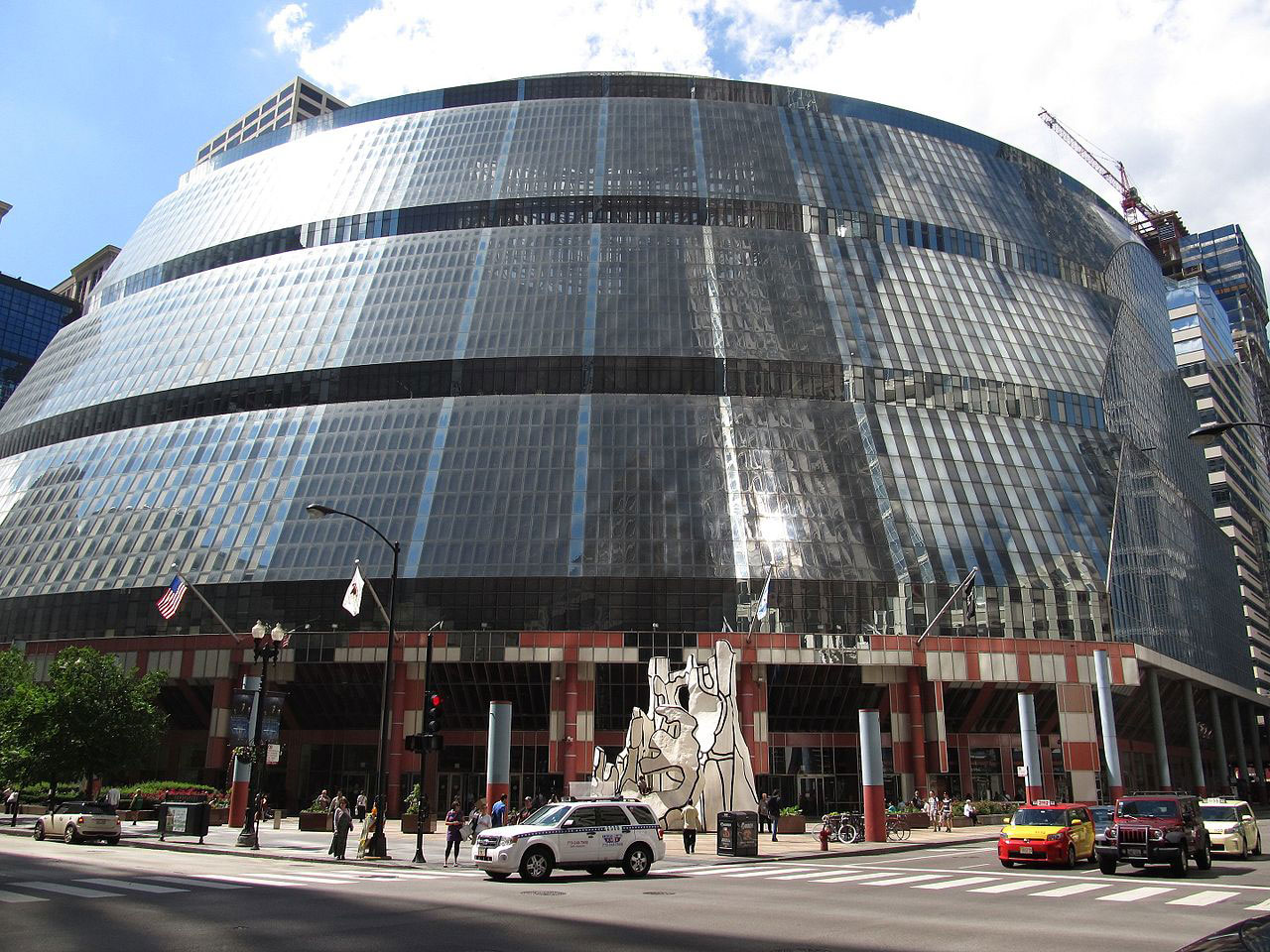 Emanuel Calls Rauner's Latest Thompson Center Plan