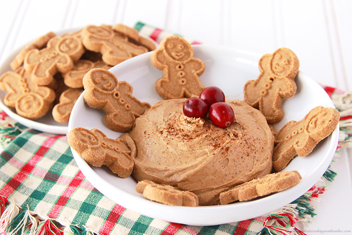 Skinny Gingerbread Dip - So delicious, you won't miss a single calorie!