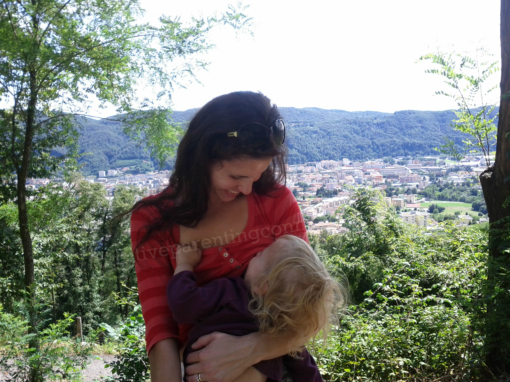 7 Tips For Breastfeeding in Public Stress Free