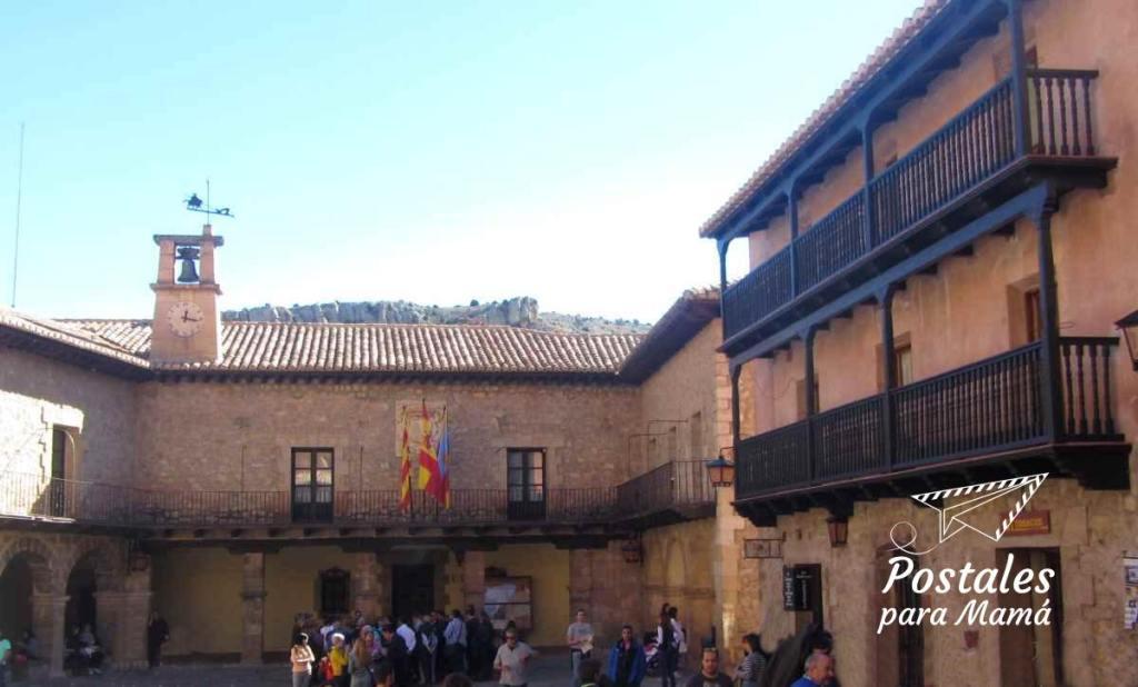Albarracín Ayuntamiento - Postales para Mamá
