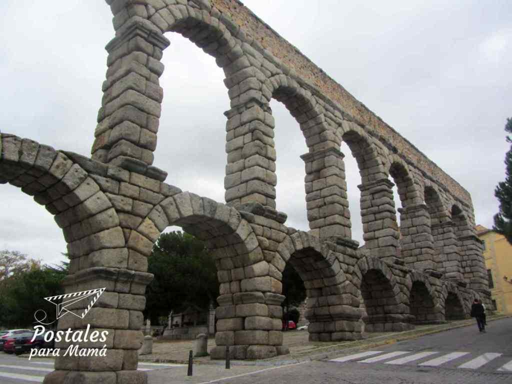 Acueducto Segovia - Postales para Mamá