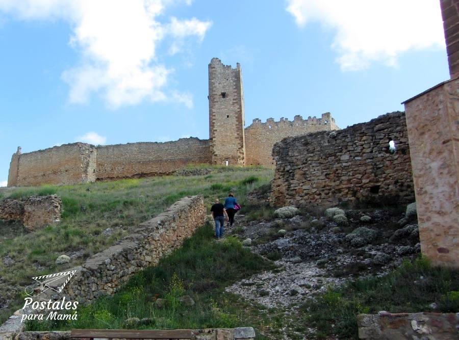 Bijuesca castillo - Postales para Mamá