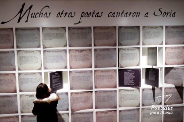 Museo con niños - Postales para Mamá