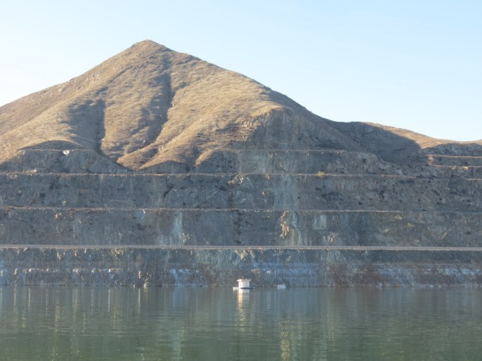 Diamond Valley Lake quarry