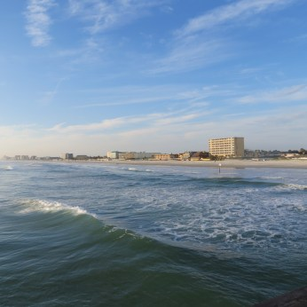View south from the Daytona Beach pier