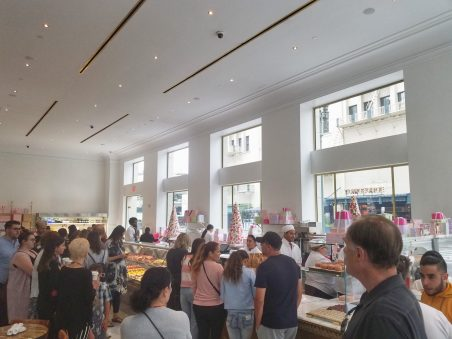 Los Angeles Bottega Louie's