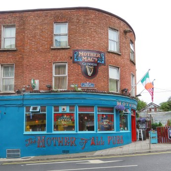 Mother Mac's Pub