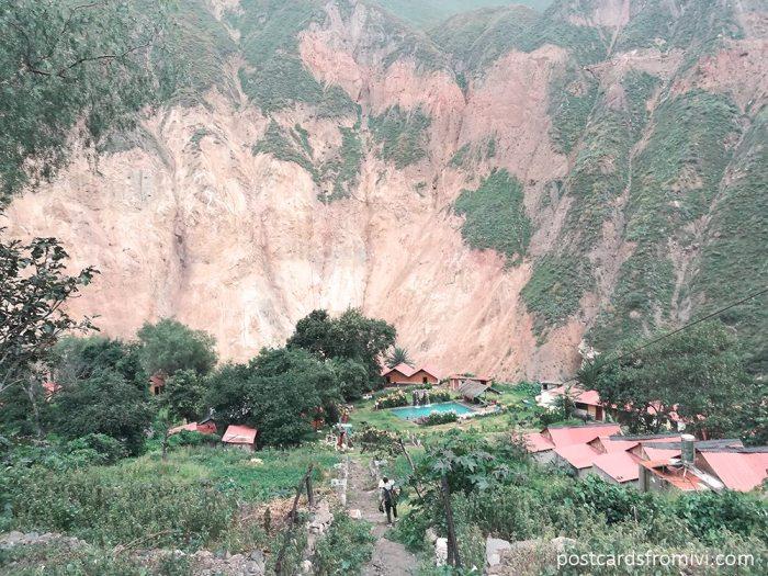 Trekking through the Colca Canyon for free or on tour